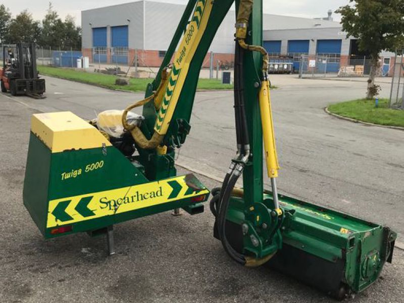 Spearhead Twiga 5000 med slagleklipper / Power arms Flail mower  - 0