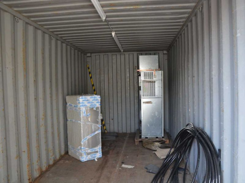 20 fot container  / Container 20 feet - 2