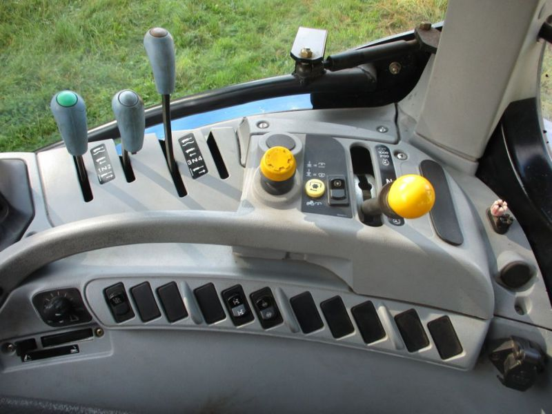 New Holland T6010 Traktor / tractor - 18