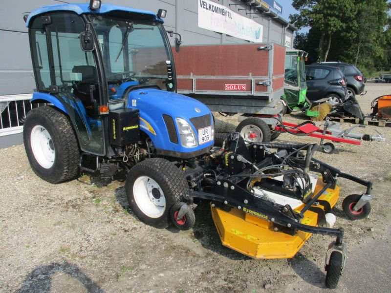 New Holland TC 35 DA traktor / tractor - 0