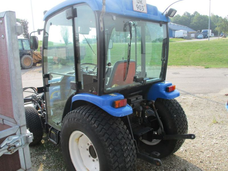 New Holland TC 35 DA traktor / tractor - 10