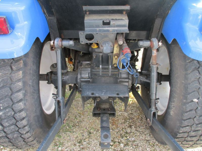 New Holland TC 35 DA traktor / tractor - 11