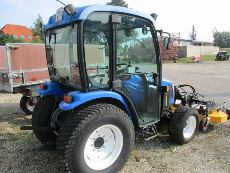 New Holland TC 35 DA traktor / tractor - 12