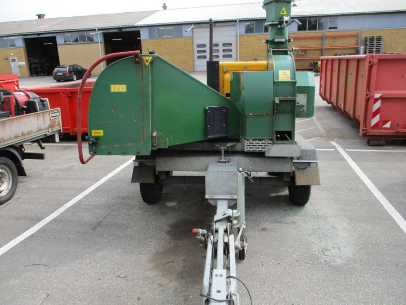 Flishugger NHS 220 MS med Hatz Dieselmotor./ wood chipper with diesel engine  - 1
