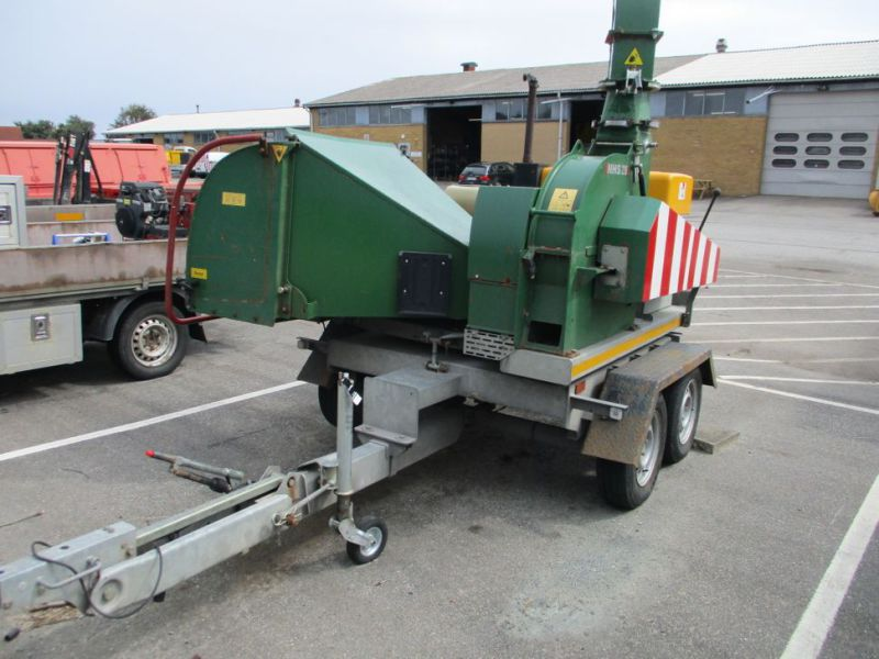 Flishugger NHS 220 MS med Hatz Dieselmotor./ wood chipper with diesel engine  - 2