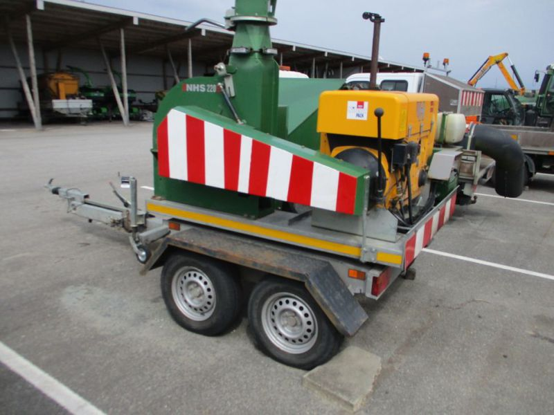 Flishugger NHS 220 MS med Hatz Dieselmotor./ wood chipper with diesel engine  - 3