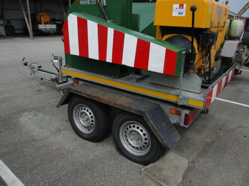 Flishugger NHS 220 MS med Hatz Dieselmotor./ wood chipper with diesel engine  - 6