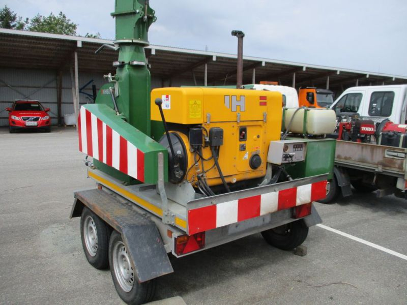 Flishugger NHS 220 MS med Hatz Dieselmotor./ wood chipper with diesel engine  - 7