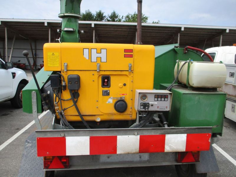 Flishugger NHS 220 MS med Hatz Dieselmotor./ wood chipper with diesel engine  - 8