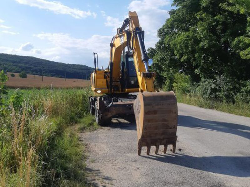 JCB JS 145 W/ wheel loader - 5