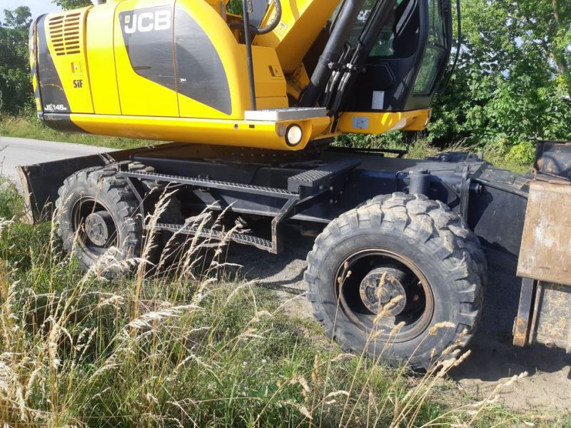 JCB JS 145 W/ wheel loader - 7
