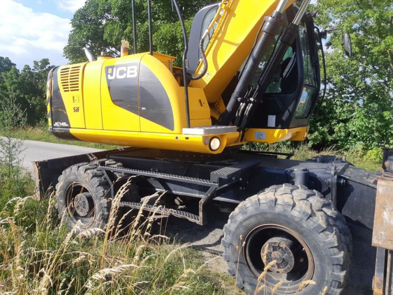 JCB JS 145 W/ wheel loader - 10