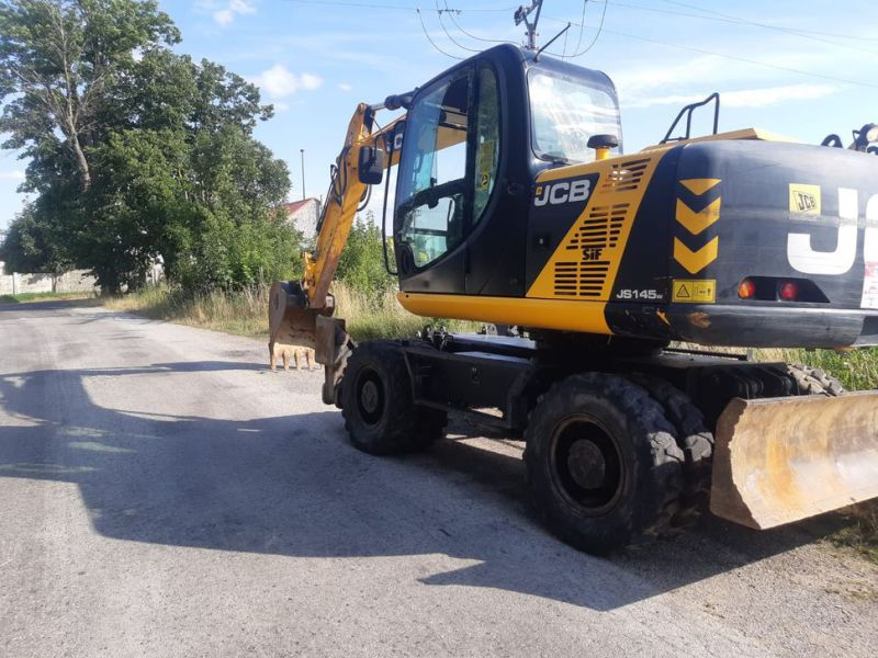 JCB JS 145 W/ wheel loader - 15