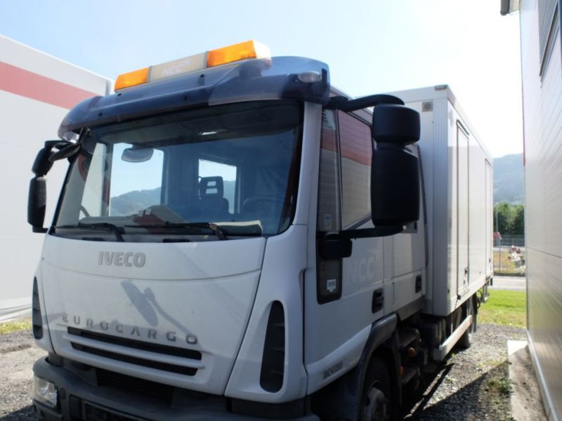 Iveco 80E22 2008. Skap-/ mannskapsbil / Iveco transport and personel. - 18