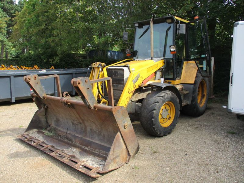 MF 860 Rendegraver / backhoe - 0