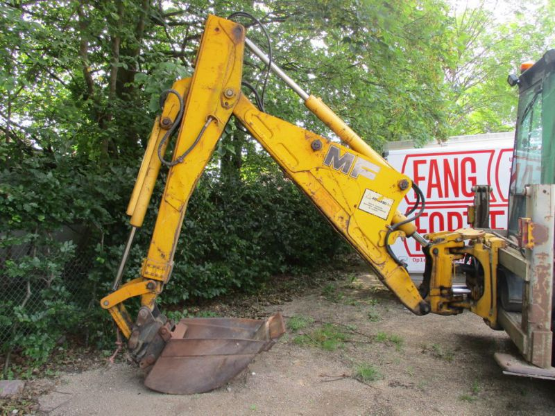 MF 860 Rendegraver / backhoe - 4