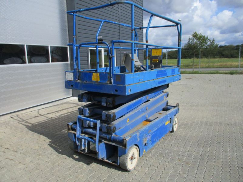 Sakselift X 26 - 10 meter arbejdshøjde / Scissor Lift 10 meter working height - 0