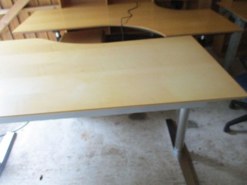 Kontormøbler, borde, stole, reoler / Office furniture, tables, chairs, shelves. - 6