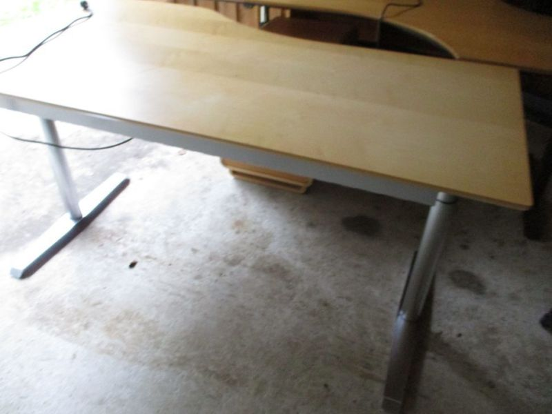 Kontormøbler, borde, stole, reoler / Office furniture, tables, chairs, shelves. - 8