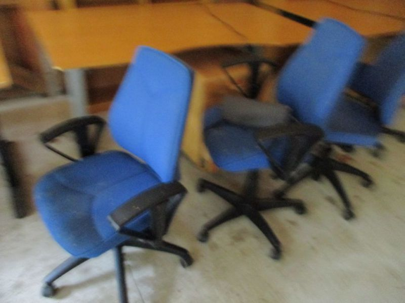 Kontormøbler, borde, stole, reoler / Office furniture, tables, chairs, shelves. - 9