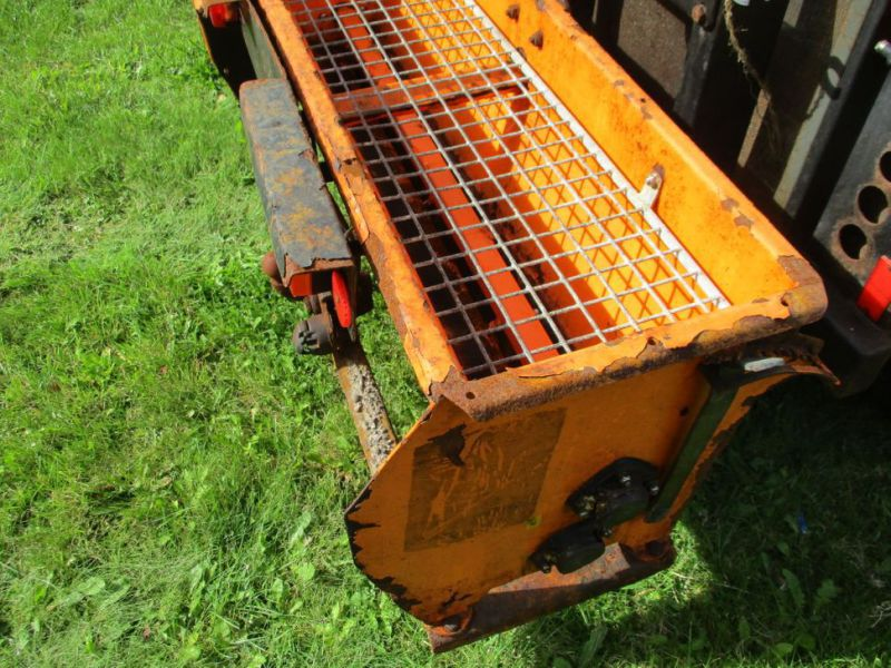 Stiga Belos Transpro 44 Redskabsbærer med Saltspreder og Kost / Tool Carrier with Salt spreader and sweeper - 25