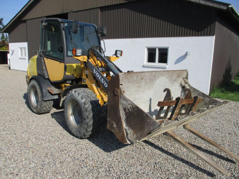 Volvo L 25 B-P gummiged / wheel loader - 0