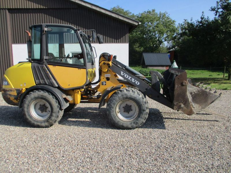 Volvo L 25 B-P gummiged / wheel loader - 3