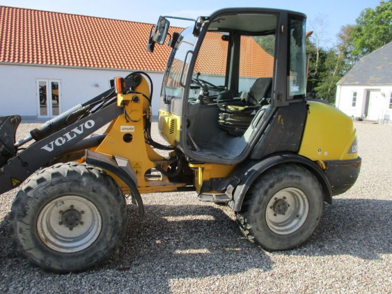 Volvo L 25 B-P gummiged / wheel loader - 10