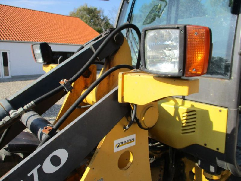 Volvo L 25 B-P gummiged / wheel loader - 56