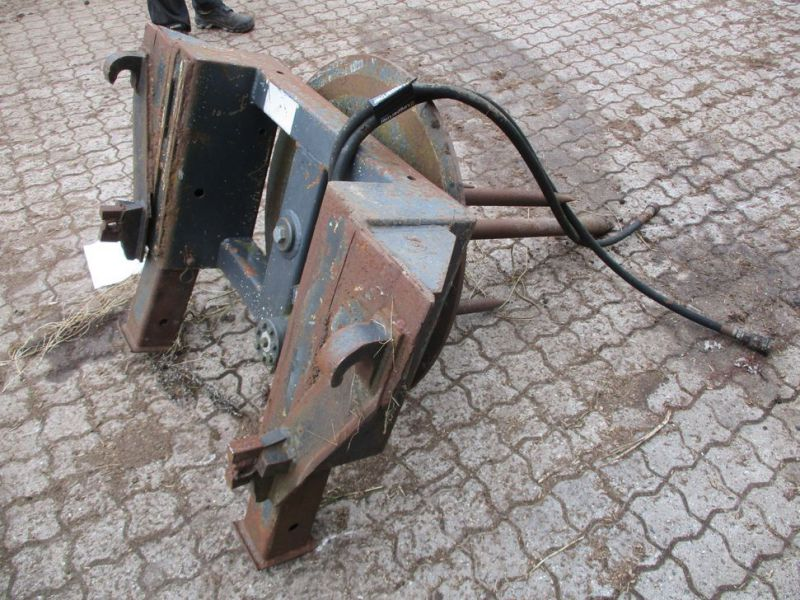 Ballespyd - hydraulisk roterende med Euro-beslag / Bale spear - hydraulically rotating with Euro bracket - 3