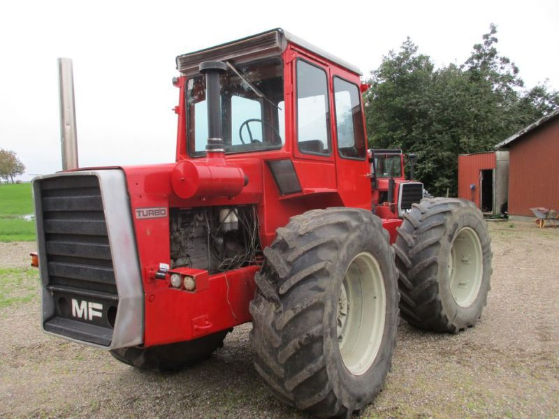 Massey Fergusson 1200 Multi Power traktor / tractor - 1