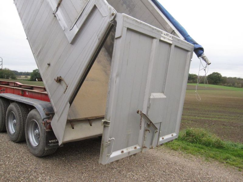 Tip trailer 3 akslet 48m3 / Semi trailer 3 axle tipper - 33