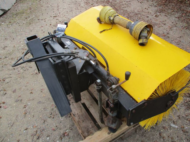 HWH MF-1U-1200 Kost PTO-drevet / sweeper PTO driven - 4