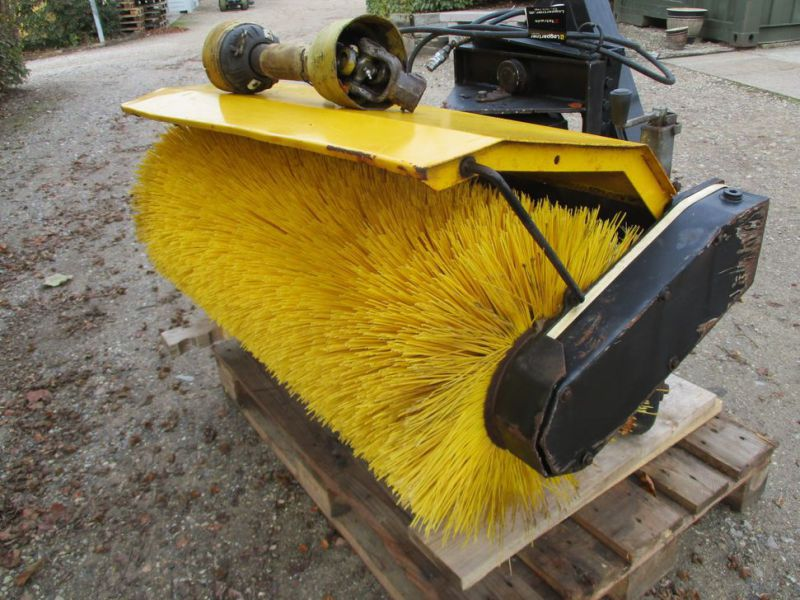 HWH MF-1U-1200 Kost PTO-drevet / sweeper PTO driven - 9