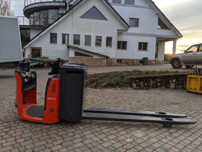 Linde N20/ Electric pallet forks for 2 pallets with charger - 0
