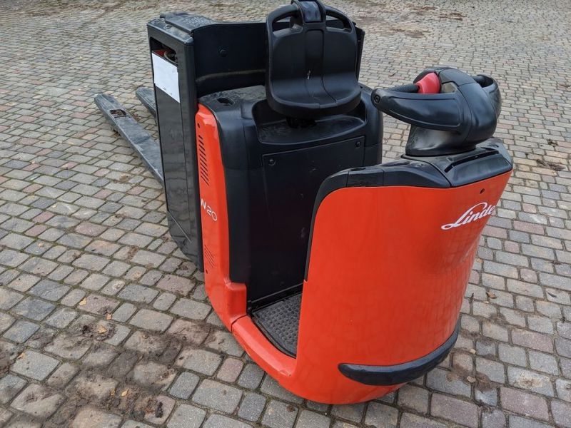 Linde N20/ Electric pallet forks for 2 pallets with charger - 3