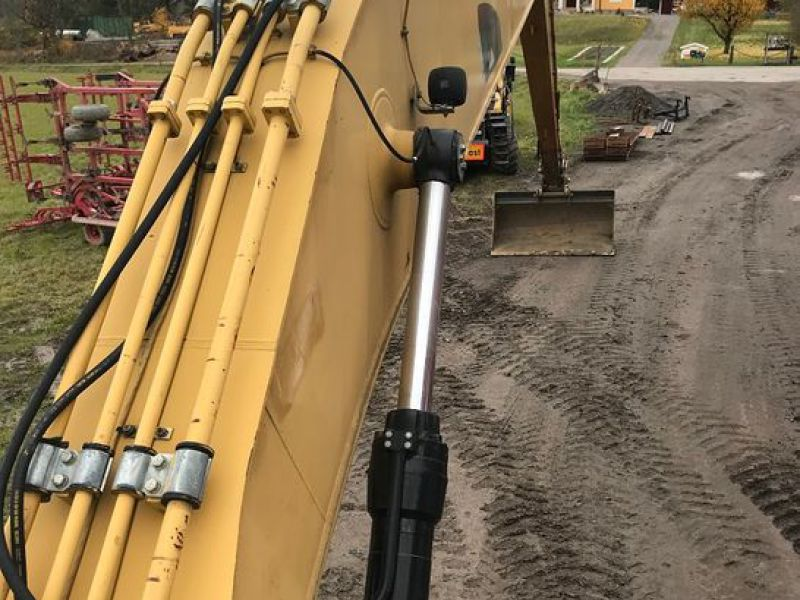 Cat 330 D  long reach  - 14