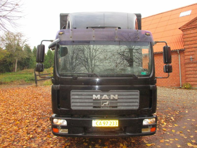 Mann TGL lastbil med lift og indretning / truck with lift and decor - 1