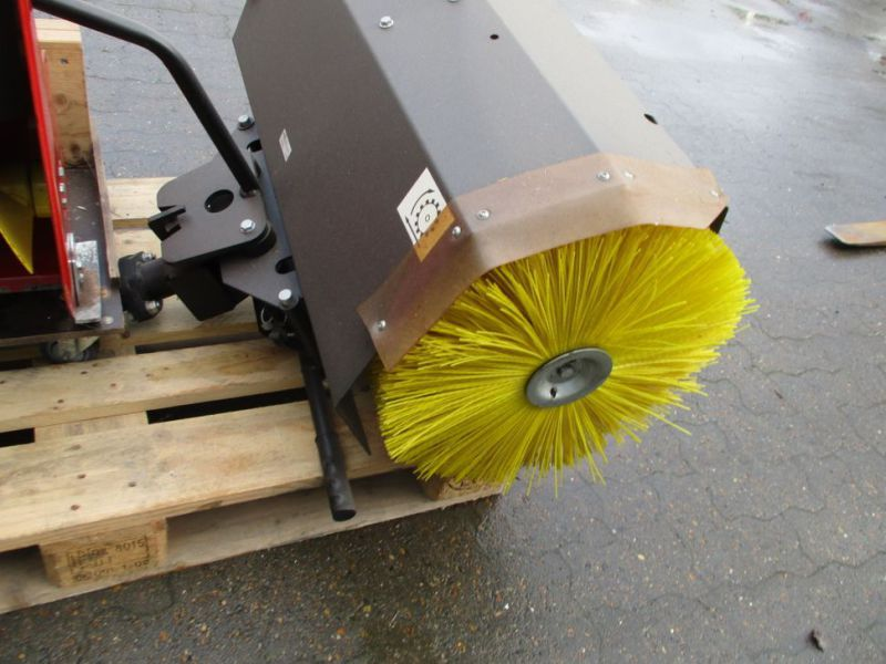 Kost 80 cm og Sneslynge / sweeper and snowblower - 16