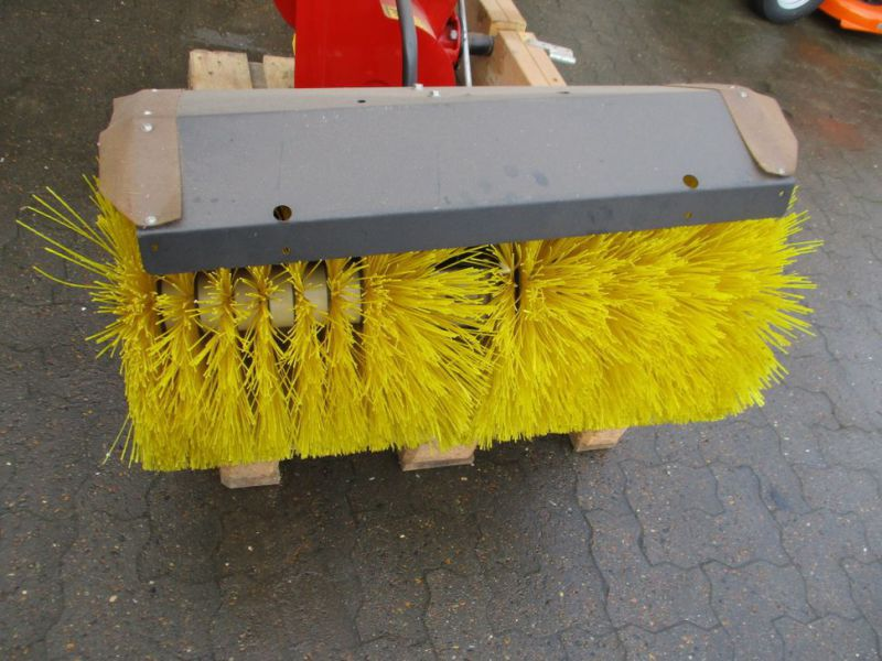 Kost 80 cm og Sneslynge / sweeper and snowblower - 19