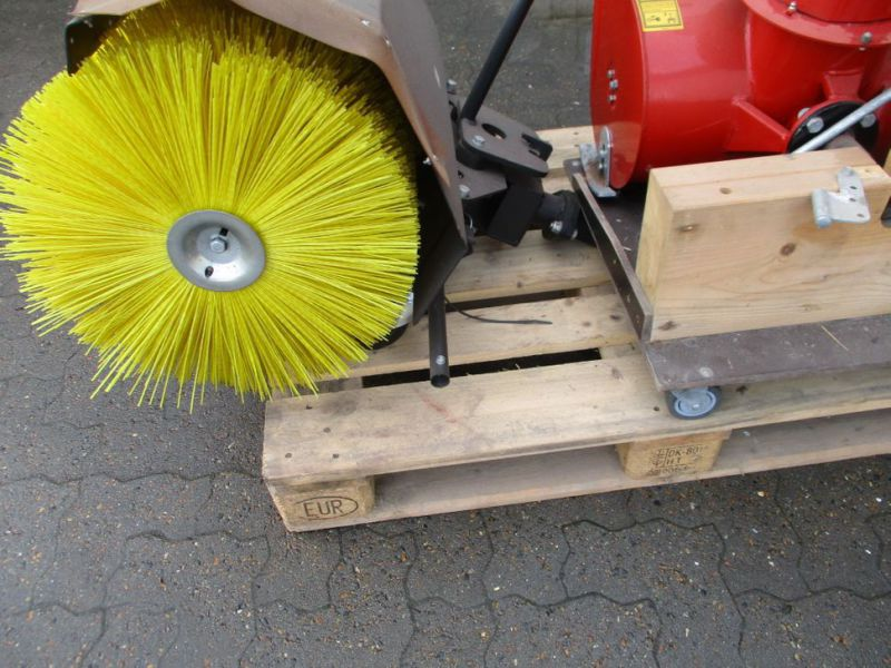 Kost 80 cm og Sneslynge / sweeper and snowblower - 21