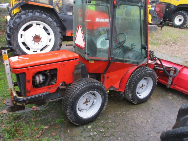 Carraro TIGER TRAC 3800 med sneskraber / with snow scraber - 3