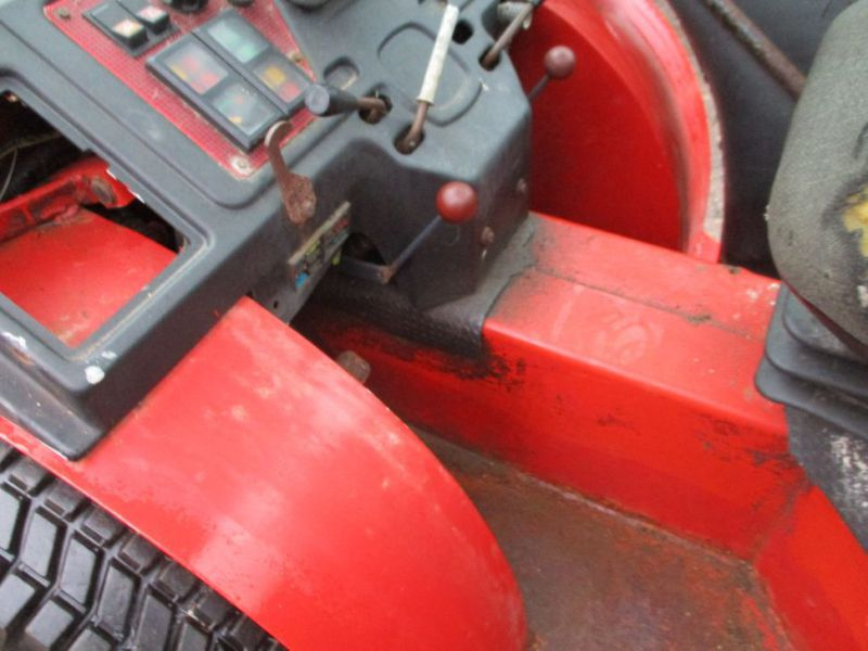 Carraro TIGER TRAC 3800 med sneskraber / with snow scraber - 38