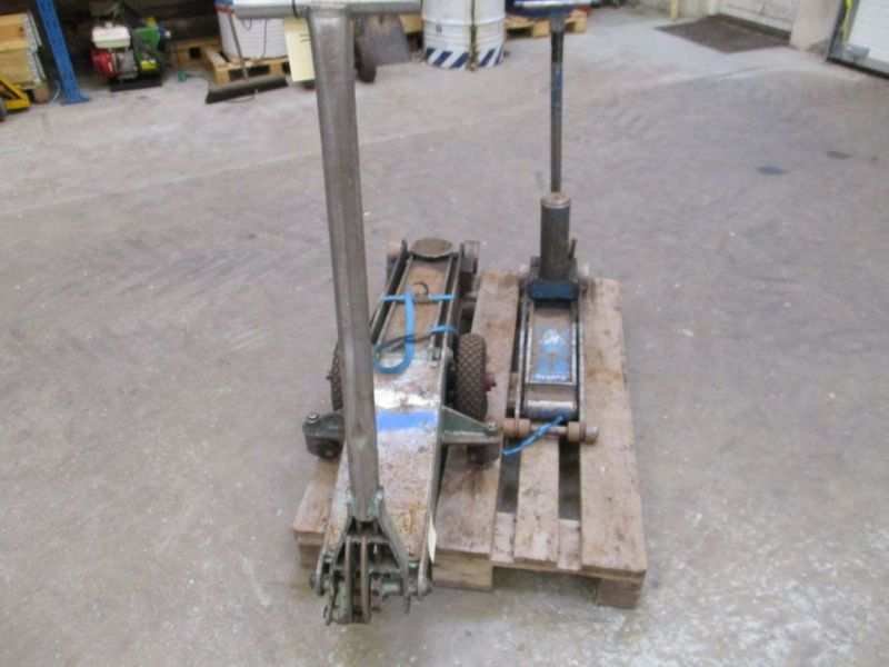 Donkrafte 2 stk 3 tons og 4 tons / Jacks 2 pieces 3 tons and 4 tons - 2