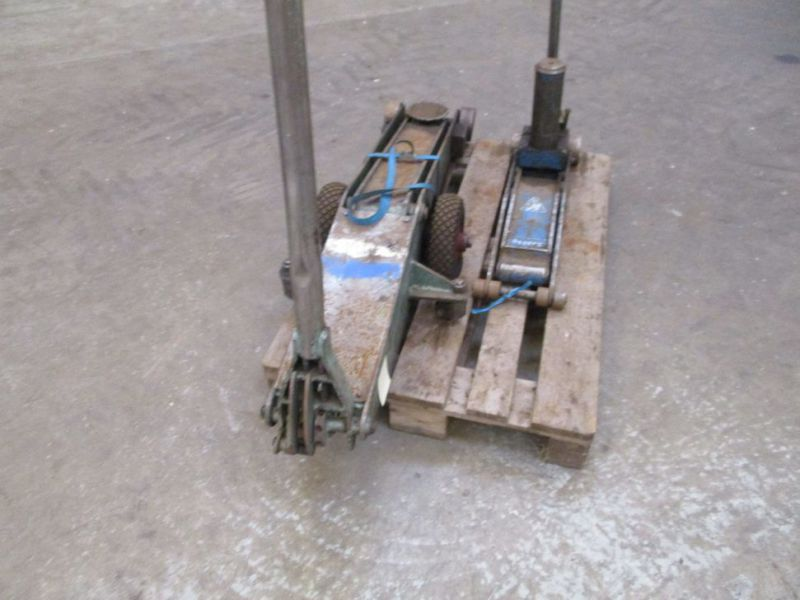 Donkrafte 2 stk 3 tons og 4 tons / Jacks 2 pieces 3 tons and 4 tons - 10