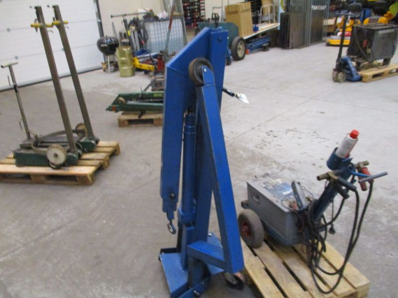 Kran konpakt AC 1.1 Tons, startervogn med lader. / crane and starter with charger. - 3
