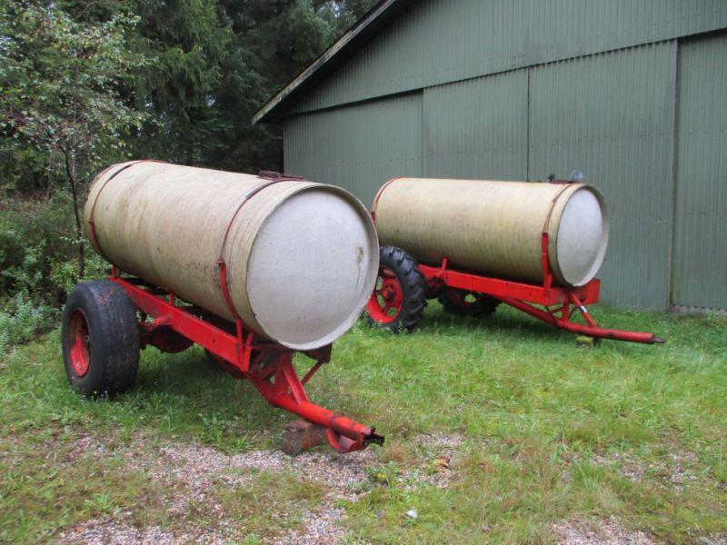 Vandvogne med glasfibertanke./ Water trailers with fiberglass tanks - 0