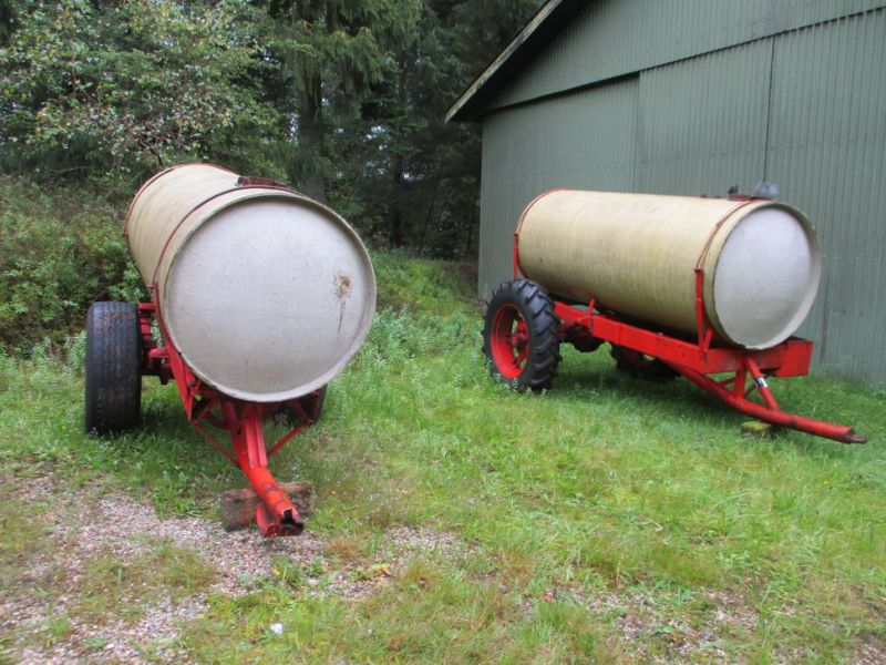 Vandvogne med glasfibertanke./ Water trailers with fiberglass tanks - 1