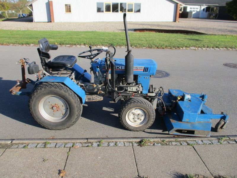 Iseki TX 1510 4 WD med front rotorklipper / Tractor with mower - 1