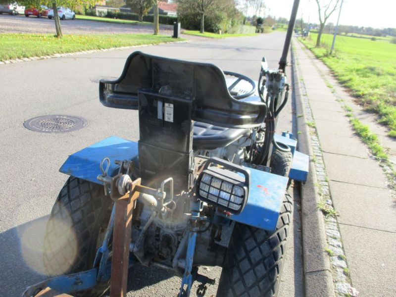 Iseki TX 1510 4 WD med front rotorklipper / Tractor with mower - 11